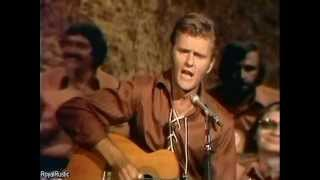Watch Jerry Reed Lord Mr. Ford video
