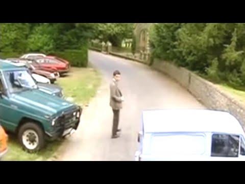Mr. Bean -- Parking at Church - Auf dem Kirchen Parkplatz