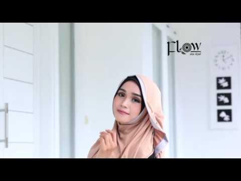 Instan ATALIA by Flow Idea Hijab (Pin : D5F484E5) PashminaPashminainstantwo face tanpa pin tinggal slup dan jadi deh, berbahan bubble pop yang lentur dan nyaman, dengan motif...