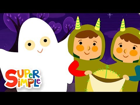 Knock Knock Trick Or Treat? | Halloween Song | Super Simple...