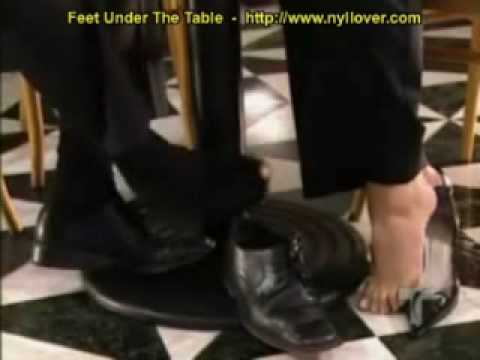 nyllover sin-verguenza-footsie-under-the-table.avi video