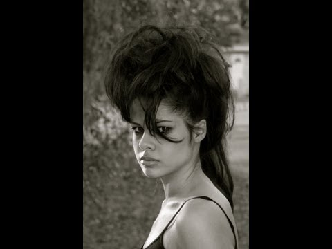mohawk hairstyle - girl mohawk hairstyle