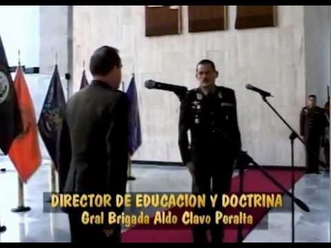 Ascenso de oficiales Generales y Subtenientes en la Esmic (Colombia