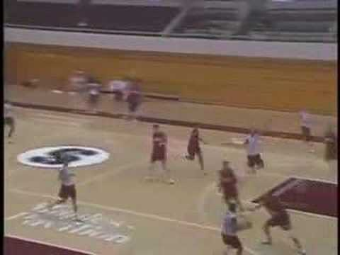 Girls Basketball Drills - Fast Break Tactics with Tara VanDerveer