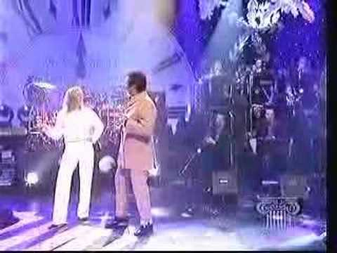 Tom Jones & Cerys Matthews - Baby It's Cold Outside (Live)