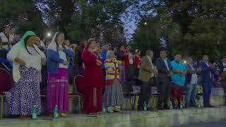 Fratii din Bacesti - Este o vorba veche din batrani (live)