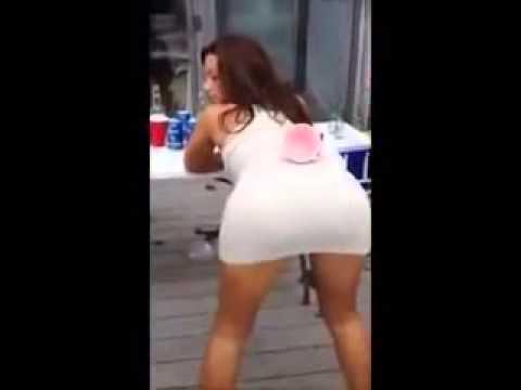 Epic BIG booty shake