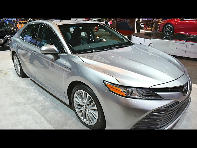 Toyota Camry 2018 - 2018 Toyota Camry XLE Hybrid and XSE ...
