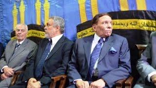 عادل امام يقدم العزاء لأسرة أخبار اليوم فى وفاة أحمد رجب