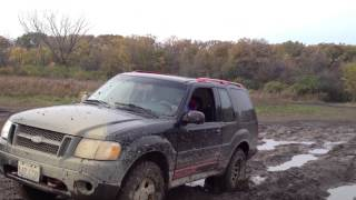 Dodge Dakota Verse Ford Explorer Sport Off road