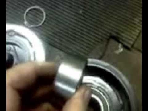 Видео как снять шкив кондиционера