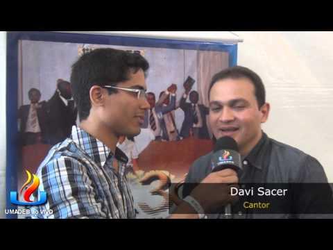 UMADEB 2013  Dia 12-02 - Entrevista cantor Davi Sacer