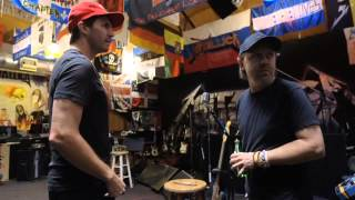 Zito rocks out with Metallica (Barry Zito jams with Metallica) (2013)