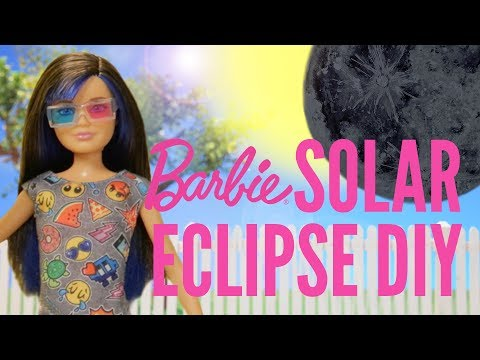 Solar Eclipse 2017 Pinhole Projector DIY | Barbie