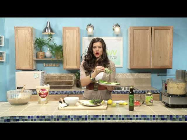 Making Bread, Hummus and a Sandwich - Blythe Raw Live Style