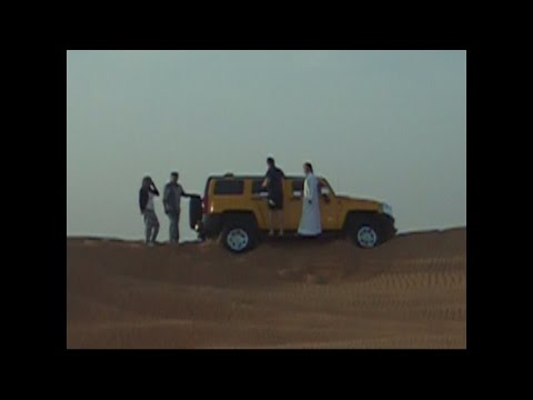 off road tour in Dubai desert - Hummer H3 crash