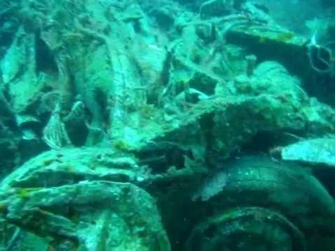 Underwater car cemetery 2