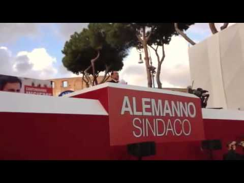 Berlusconi e Alemanno al Colosseo #campidoglio2013