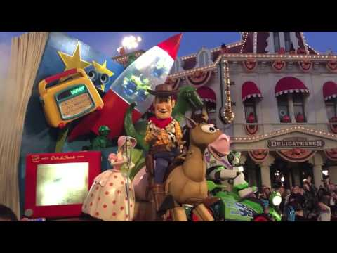 Disneyland Paris Parade 2015