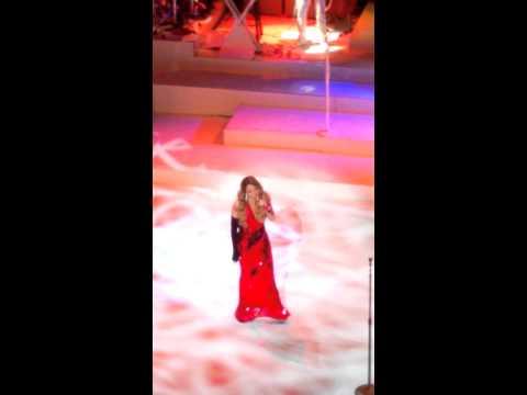 Mariah Carey - Hero (beacon Theater, Nyc) video