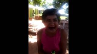 Buen Dia Grupo Saludo De La Abuela Borracha