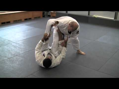 Brazilian Jiu-Jitsu Technique - VITOR SHAOLIN RIBIERO - SPIDER GUARD SWEEPS II Image 1