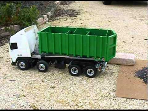 Mon camion, volvo 8x4 liroll.avi