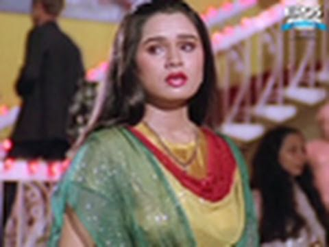 Hum Apni Wafa (Video Song) - Bewafai