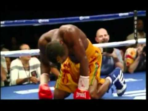 Boxing Referee Fail - Mares vs. Agbeko
