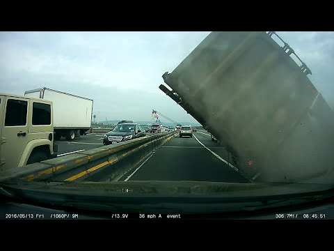 Tappan Zee Bridge tractor truck accident