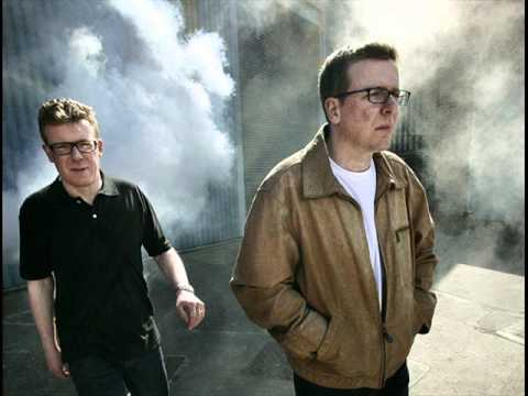 The proclaimers - I'm gonna be 500 miles Music Videos