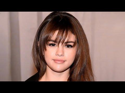 Can Selena Gomez remember her own lyrics?