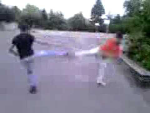 Street fight kickbox vs karate