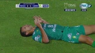 Novaretti TERRIBLE LESION lo deja nockeado en el (Pachuca 2-1 Leon) JUGADA COMPLETA HD 2016