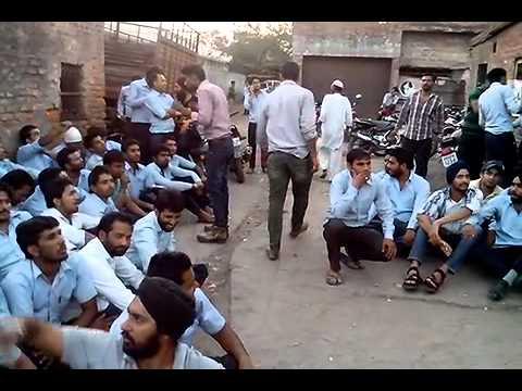 Mahindra swaraj's Diploma Engineers on strike