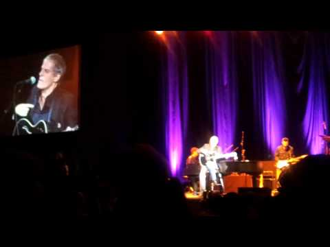 Michael Bolton - (Sittin' On) The Dock Of The Bay (Bucharest 2013)