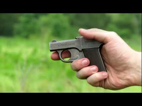Shooting the Mossberg Brownie - a .22-cal derringer