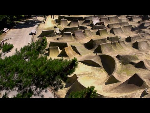 BMX Dirt Competition in NZ - Red Bull Roast It 2013 - TEASER