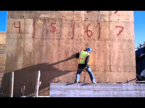 Construction Booty Dance video