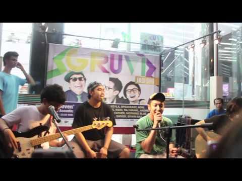 @BARRISmusic - Sebatas Pandangan live at 7 Eleven Saharjo
