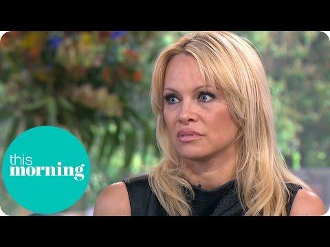 Pamela Anderson hizo confesiones sexuales y arremetió contra el porno