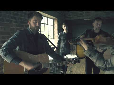 'Teenage Blood' by Tom Williams & The Boat - Burberry Acoustic