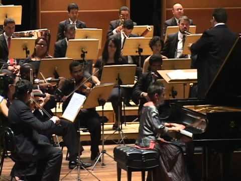 Pires Maria João Koncert fortepianowy f-moll część 1