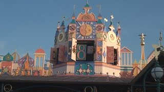 It's A Small World Clock Parade - Disneyland Paris