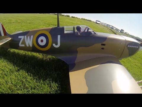 Top Flite Giant Scale Spitfire Gas ARF