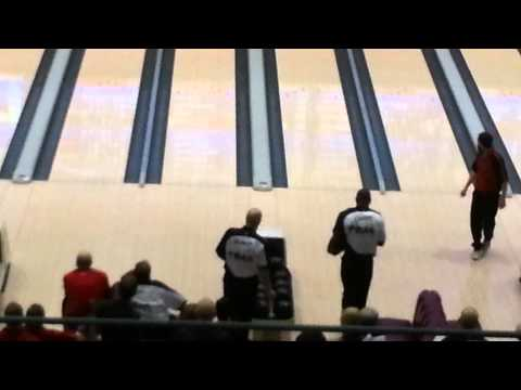 Terrell Owens Bowling the 2013 USBC Open Championships