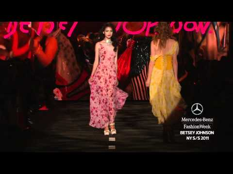 BETSEY JOHNSON SPRING 2011, MERCEDES-BENZ FASHION WEEK NEW YORK
