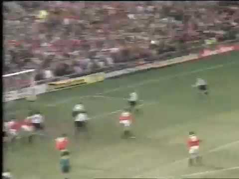 Steve Bruce Goal Against Sheffield Wednesday