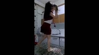 Download Dans eden küçük kız 3Gp Mp4