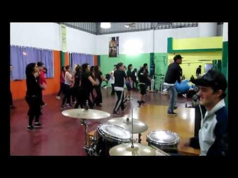 Clase de Commercial Dance con Percusión en vivo By Diego Settembrino